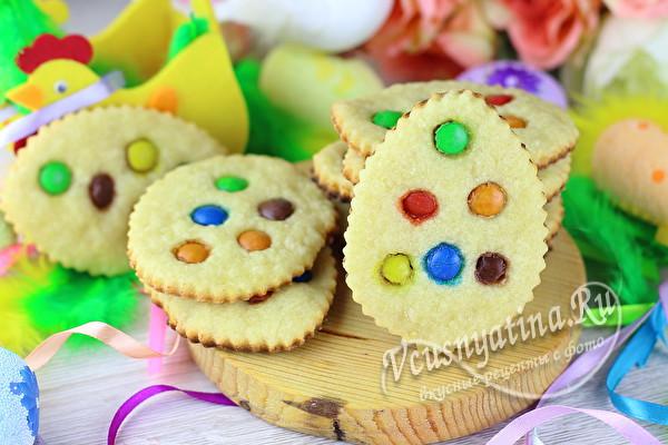 яркое печенье на Пасху
