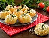 Пирожки с чесноком и зеленью