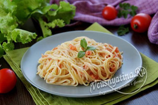Сливочная подлива с помидорами к макаронам