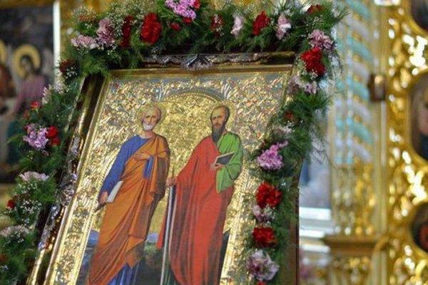 Какого числа день Петра и Павла в 2021 году - приметы и обычаи праздника