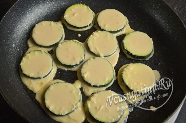 Жареные кабачки в кляре с сыром – всегда с хрустящей корочкой