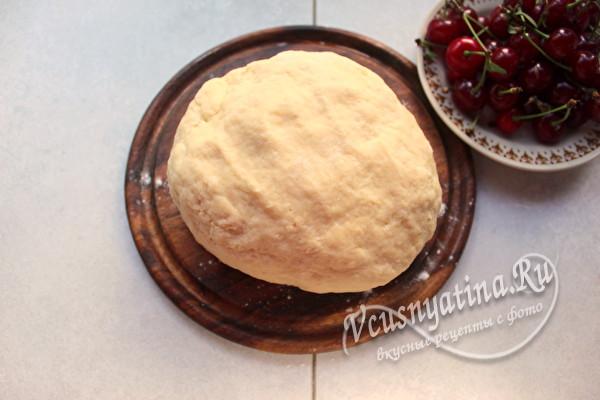 Невероятно вкусный пирог Улитка с вишней
