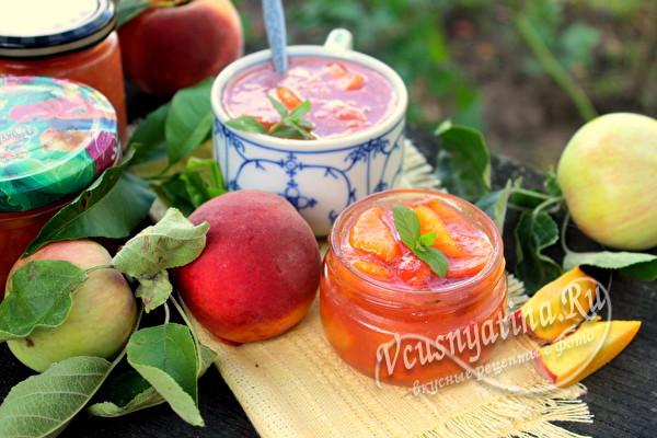 Простое и вкусное варенье из персиков с яблоками на зиму