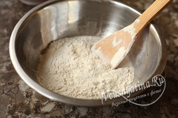 Как я готовлю быстрое тесто для любых пирожков за 15 минут