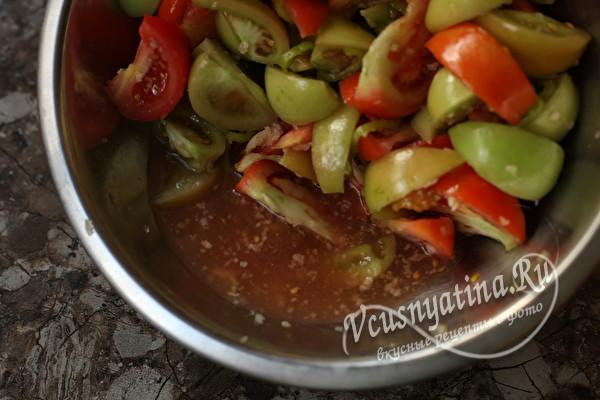 """Острый салат """"Кобра"""" из зеленых помидор на зиму"""