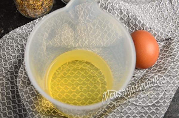 масло в стакане