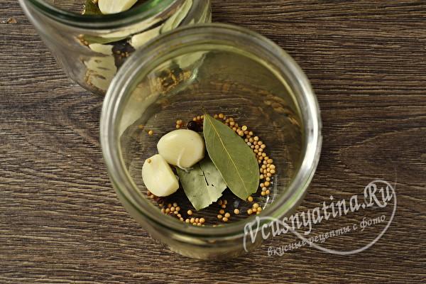 Огурцы по-венгерски на зиму с зернами горчицы