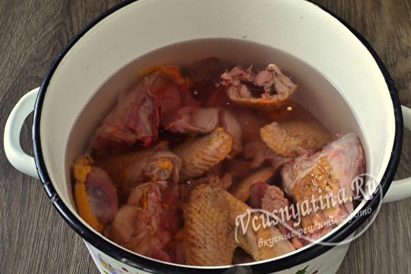 Диетический и полезный суп из цесарки с лапшой