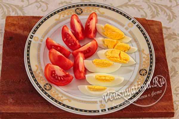Салат с картофелем и консервированным тунцом