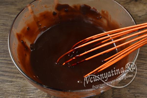 Самый шоколадный постный пирог с глазурью