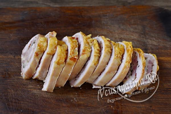 Сочные куриные рулетики с сыром и беконом