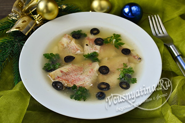 Вкусное заливное из морского окуня с желатином