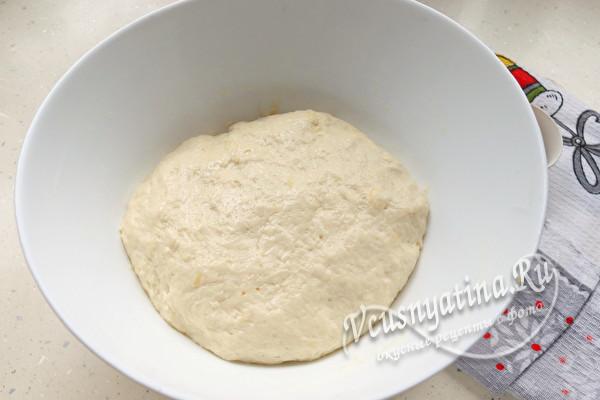 Закусочный новогодний хлеб в форме быка
