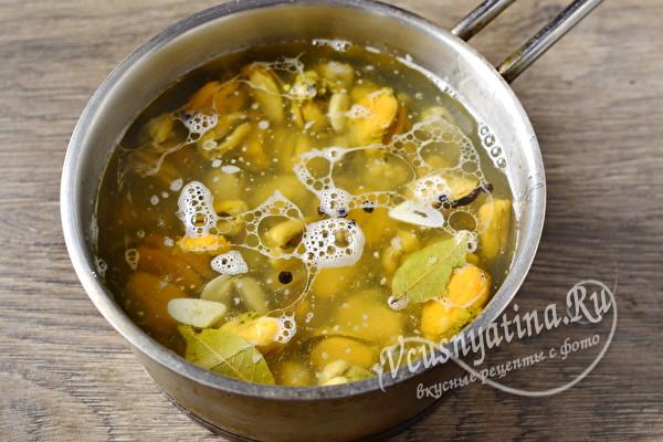 Научу готовить маринованные мидии быстро и вкусно