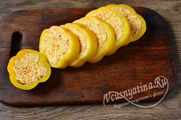 Красивая закуска из болгарского перца на праздничный стол