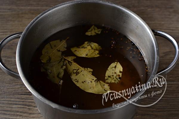 Селедочка из толстолобика – необычно и очень вкусно