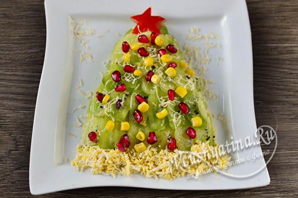 Салат «Елочка» с киви – нарядный и очень вкусный
