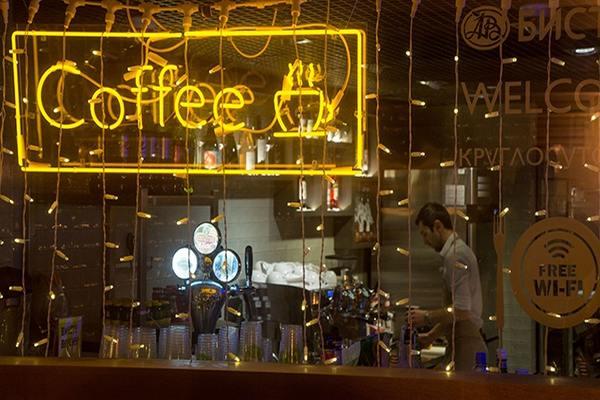 Будут ли работать кафе и рестораны ночью на Новый год 2021