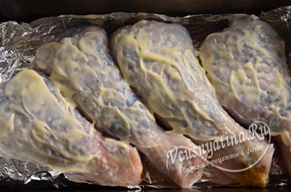 Фаршированные куриные ножки (голени) с грибами