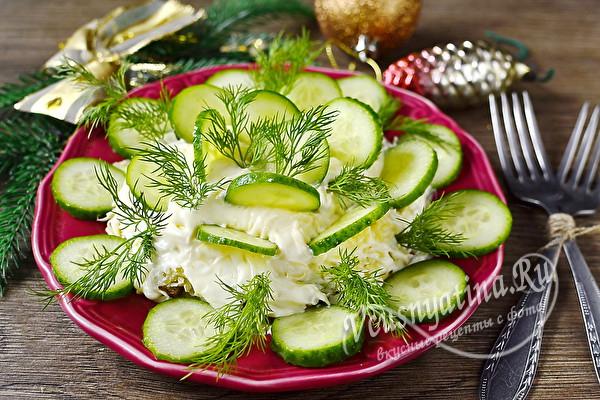 "Салат ""Роза"" из огурцов – необычно, красиво и вкусно"