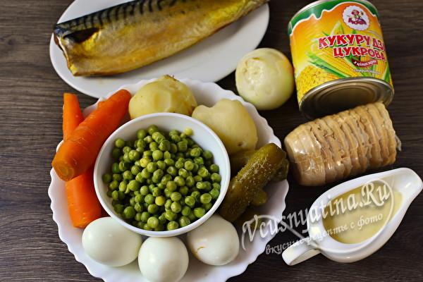 Салат с копченой скумбрией и картофелем в тарталетках