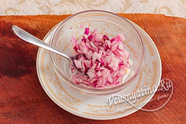 """Новогодний салат """"Коровка"""" к праздничному столу"""
