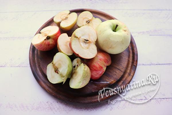 Запеченный гусь с яблоками на Рождество (в пергаменте)
