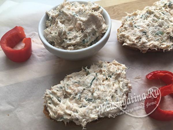 Риет из горбуши с творожным сыром