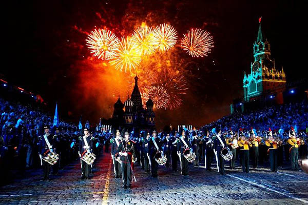 Что за праздник отмечают 23 февраля в России и будет ли перенос выходных дней