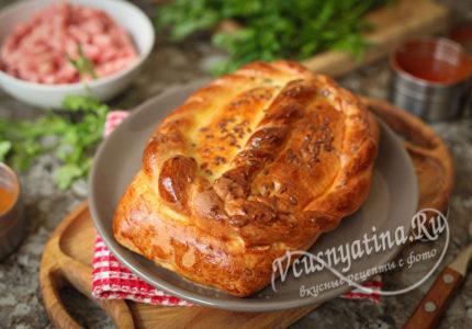 Кулебяка с мясом и картошкой