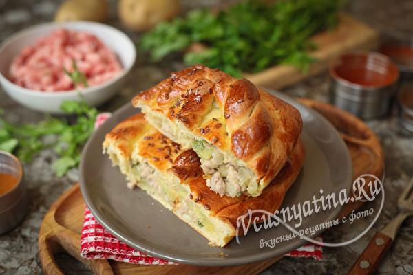 Кулебяка с мясом и картошкой в духовке