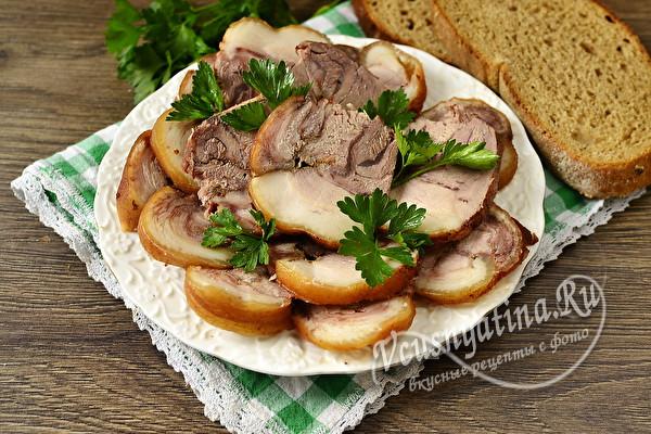Мясные блюда на Пасху 2021 - что приготовить вкусного