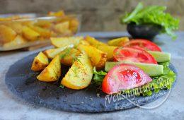 Миниатюра к статье Молодой картофель по-деревенски в духовке