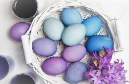 Миниатюра к статье Как красить яйца в луковой шелухе — 8 интересных способов покраски яиц на Пасху