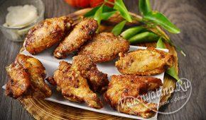 Миниатюра к статье Хрустящие куриные крылышки на сковороде