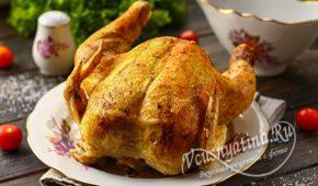 Миниатюра к статье Курица с хрустящей корочкой, запеченная целиком на соли
