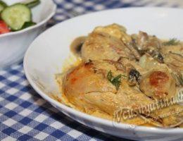 Курица с грибами в сметанном соусе, рецепт в мультиварке
