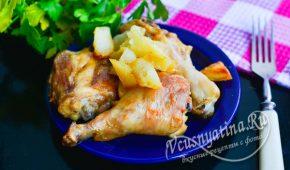 Миниатюра к статье Ароматная картошечка с курицей и чесноком в духовке