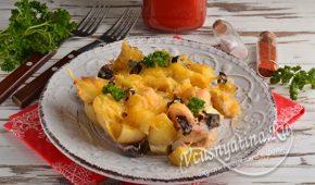 Миниатюра к статье Курица в духовке с картошкой и грибами
