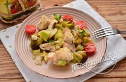 Запеченная курица с овощами в духовке