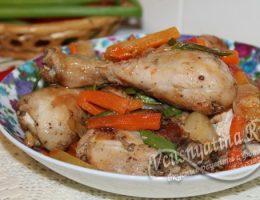 Курица с овощами и ананасом