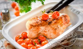 Миниатюра к статье Очень сочная и вкусная куриная грудка в духовке