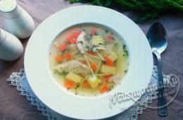 суп из домашней курицы с вермишелью