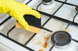 Миниатюра к статье Как и чем очистить чугунные решетки на газовой плите