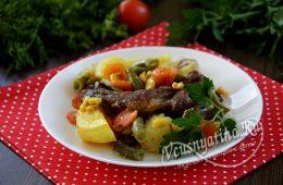 Свиные ребрышки с овощами и картошкой