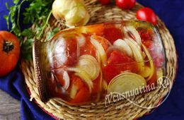 Салат из резаных помидоров с луком на зиму