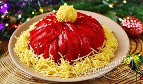 Миниатюра к статье Очень вкусный и красивый салат «Шапка Деда Мороза» на Новый год