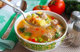 Суп с фрикадельками и рисом