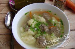 Суп с клецками и фрикадельками