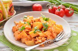 Миниатюра к статье Простой рецепт вкусной тушеной капусты с картошкой